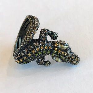 Jewelry - Alligator costume ring